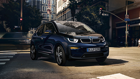 bmw i3 in bmw i3s v pregledu. Black Bedroom Furniture Sets. Home Design Ideas