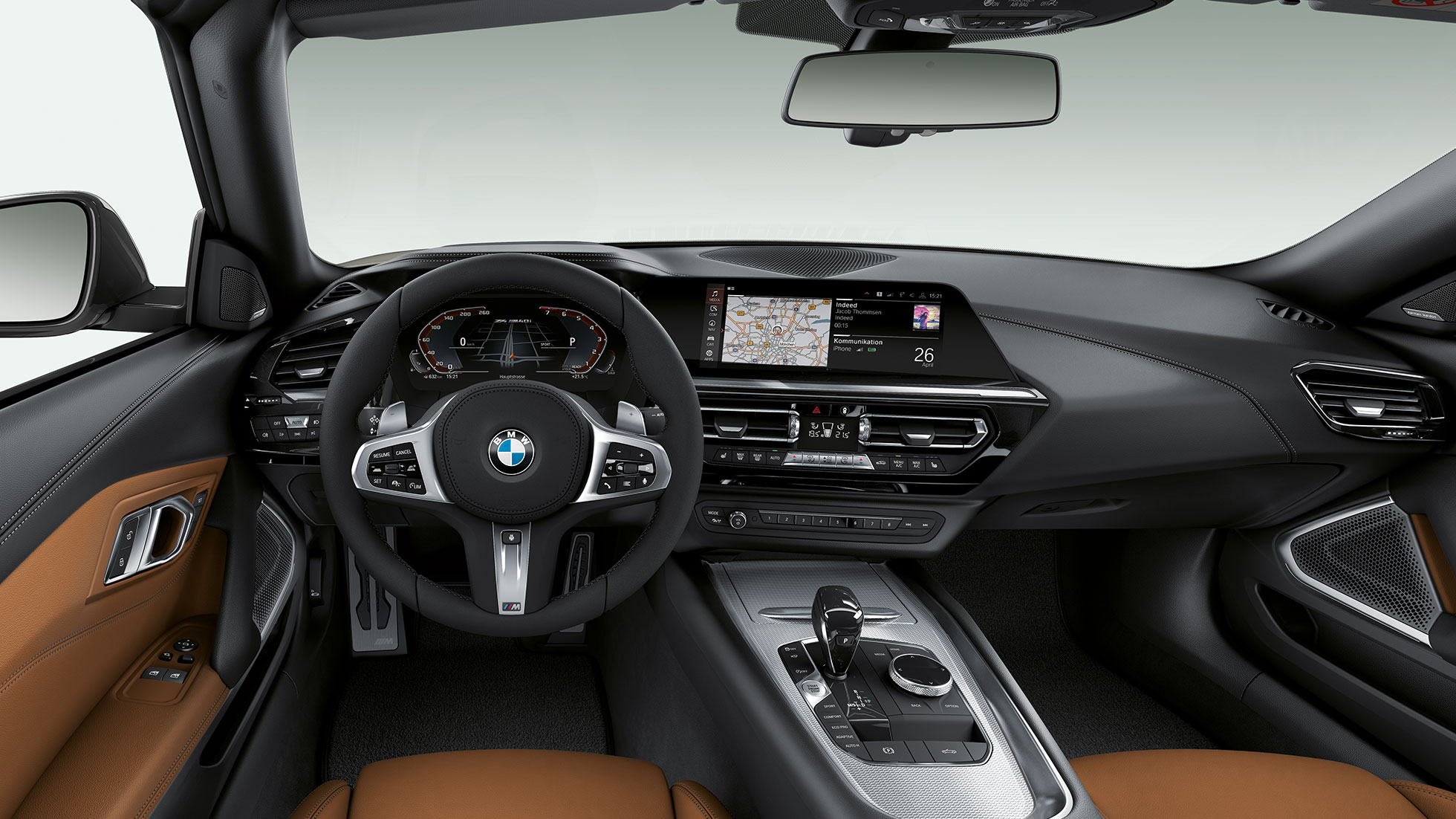 BMW Z4 Roadster M40i, volan in kokpit