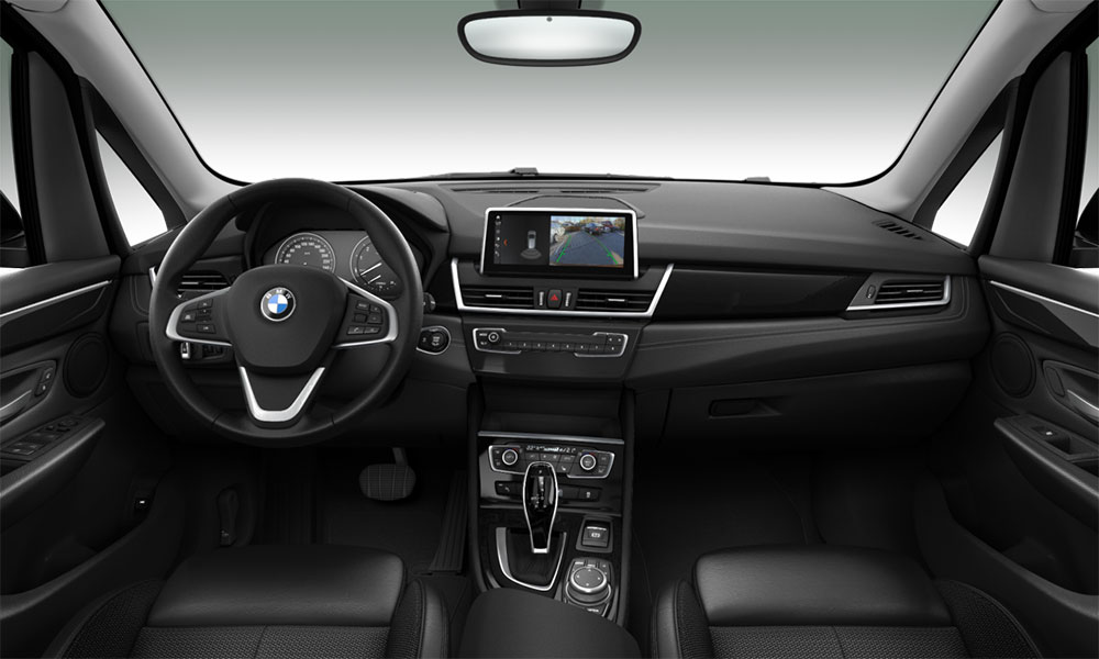 BMW 2 AT interior